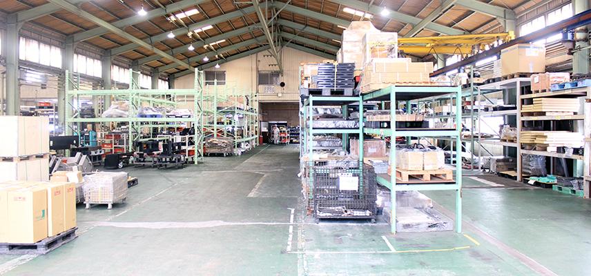 倉庫の中の風景写真