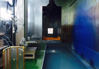 溶剤塗装のラインの写真